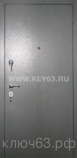 Стальная дверь молотковая, лист 2 мм (возможен лист толщиной 3 мм), изнутри пенопласт (возможен плотный базальт, минвата), отделка МДФ 6 мм (возможны другие варианты внутренней отделки), рама с обналичкой 80х20 из листа 3мм, дверные ребра изготовлены из стального уголка 40 мм, размер двери под ваш проем, устанавливаются петли диаметром 25 мм, 1 замок врезной с ручкой ключ перфокартой, второй замок сейфовый большой по 5 ключей, глазок, покраска молотковой эмалью серая (возможна коричневая , черная, синяя, зеленая, красная) одноконтурный уплотнитель, возможна врезка любых замков по желанию заказчика, установка 2 уплотнителя , порошковая покраска, усиленные петли 3 шт, противосъемные штыри, установка доводчика, магнитные замки.