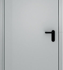 Противопожарная дверь ДП-60 состоит из рамы и полотна. Рама изготавливается из стального листа, согнутого в сложный профиль, внутренняя полость профиля в районе притвора заполнена теплоизоляционным материалом. Рама является жесткой конструкцией и одновременно образует наличник. На раму с помощью петель на подшипниках навешивается полотно коробчатого типа. Внутренняя полость полотна заполнена теплоизоляционными материалами, уложенными в порядке и количестве, обеспечивающем заданный предел огнестойкости. Дверное полотно однопольной двери оборудовано замком-защелкой, обеспечивающим зацепление полотна с коробкой в районе вертикальной стойки коробки. По периметру дверной коробки устанавливается термоуплотнительная лента, заполняющая зазоры между полотном и коробкой в случае пожара. Дверь обладает звукоизоляционным свойством (до 35 Дб). Дверь ДП-60 изготовлена на Российском оборудовании. Окраска эпоксидно-полиэфирной порошковой краской по стандарту RAL (цвет по желанию заказчика); стандартные используемые цвета RAL 7032, 7038, 7035 и др.